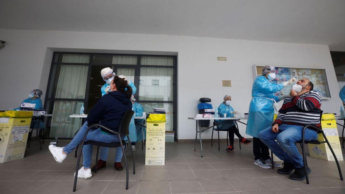 España sigue disminuyendo los contagios de coronavirus