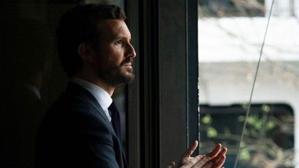"""Casado compra tiempo con el abandono de Génova,13 mientras el PP de Rajoy lo califica de """"circo"""""""