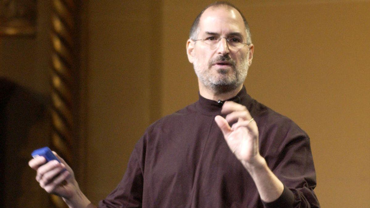 Subastan una solicitud de empleo de Steve Jobs escrita a mano en 1973