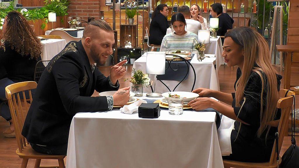 Rubén y Mulatti en el programa 'First Dates'