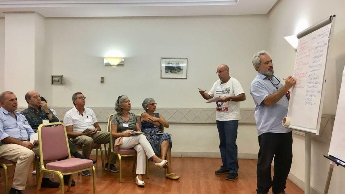 El 'cohousing senior': jubilarse y vivir entre amigos para evitar terminar en una residencia