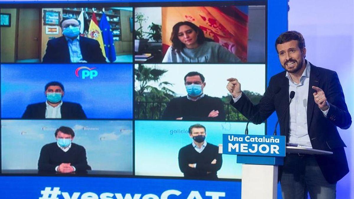 Feijóo, Moreno Bonilla y Mañueco responden con frialdad a la 'huída' de Génova que impone Casado