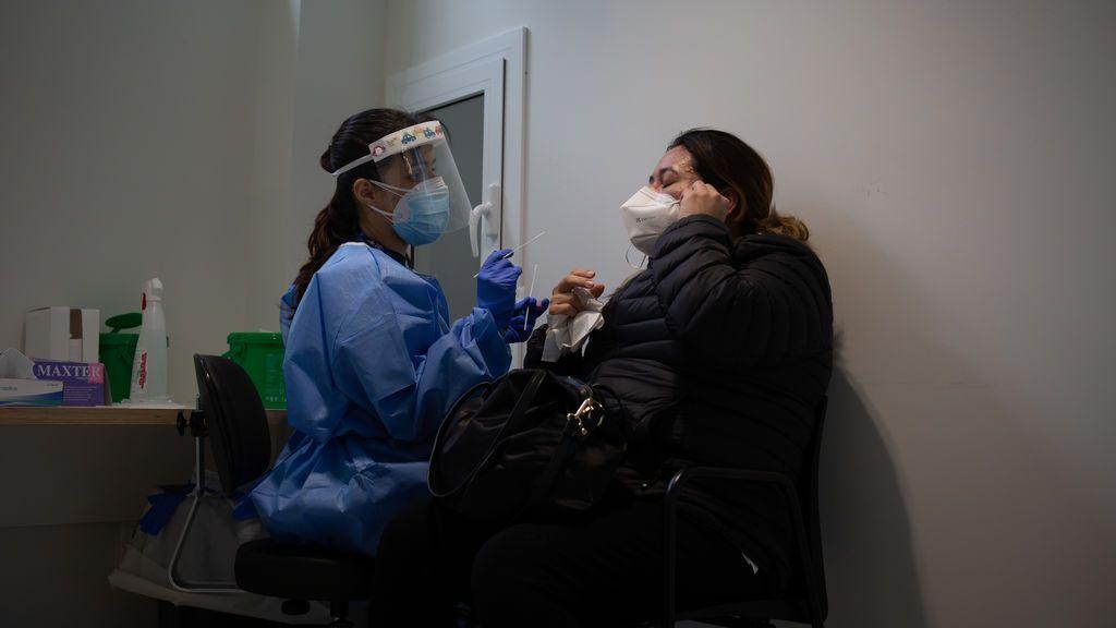 España se acerca a los 300 puntos de incidencia acumulada a 14 días