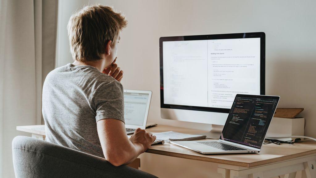 El 76% de los que han teletrabajado dicen que son igual o más productivos que en la oficina
