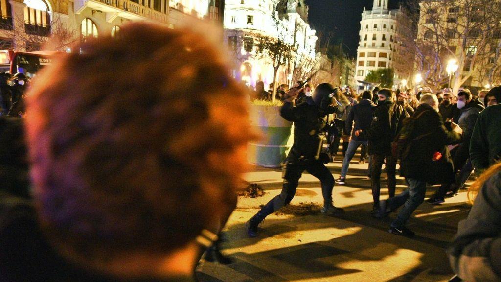 Podemos incendia su relación con el PSOE con su apoyo a las protestas en favor de Hasél