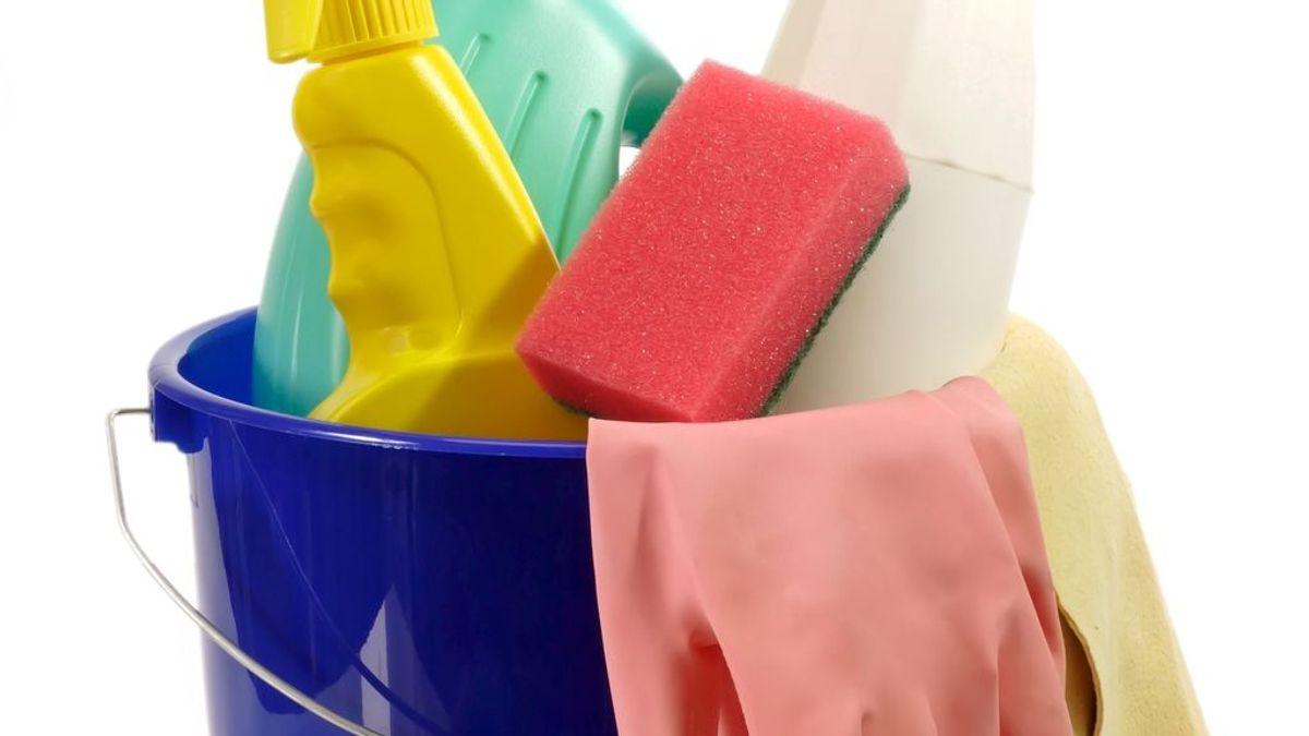 Estropajos, bayetas y cepillos de dientes, entre los objetos a renovar más a menudo en tu hogar