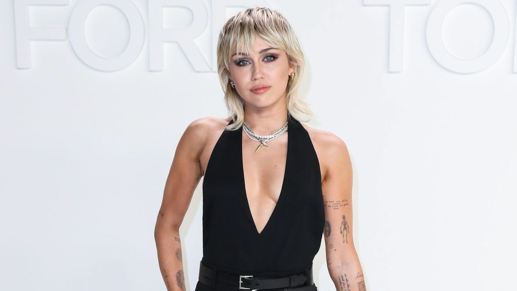 Miley Cyrus, así es el misterioro ritual que hace antes de dormir: estas son las manías más extrañas de nuestros famosos.