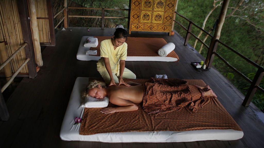 Sanidad califica como pseudoterapia el masaje tailandés, la dieta macrobiótica o la magnetoterapia