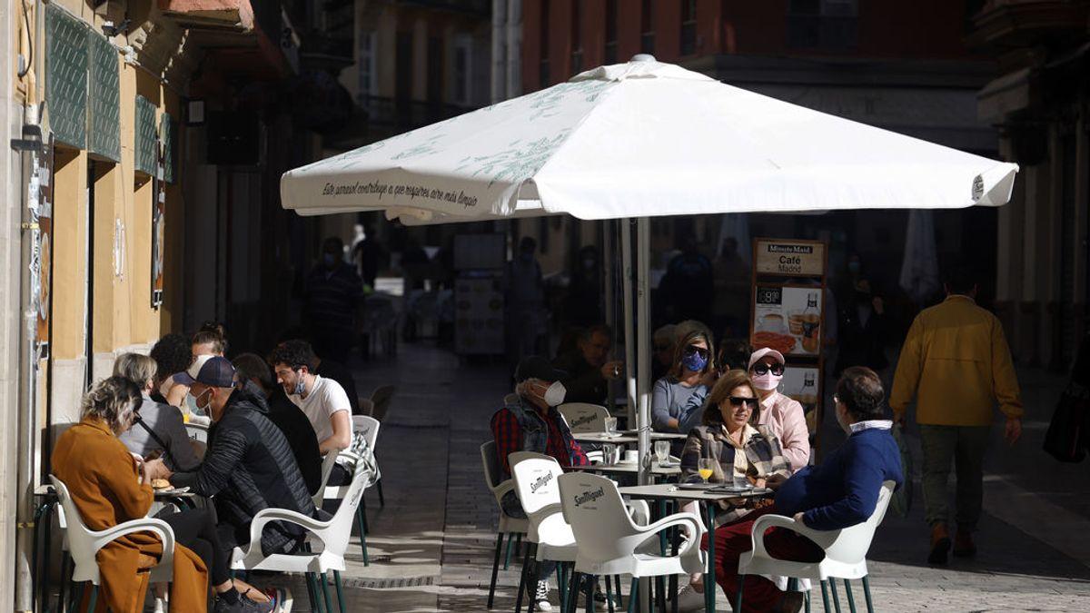 Así quedan las restricciones por comunidades: se relajan la movilidad y la hostelería pese a la llamada a la prudencia