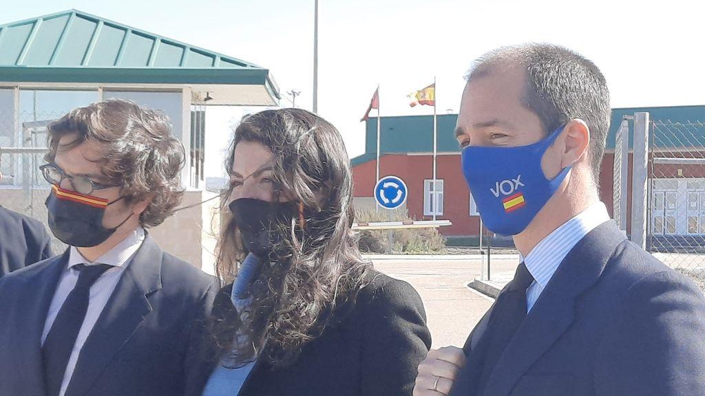 """Vox afirma que PSOE, PP y Podemos han contactado """"de manera oculta"""" con el excomisario Villarejo después de visitarle en prisión"""