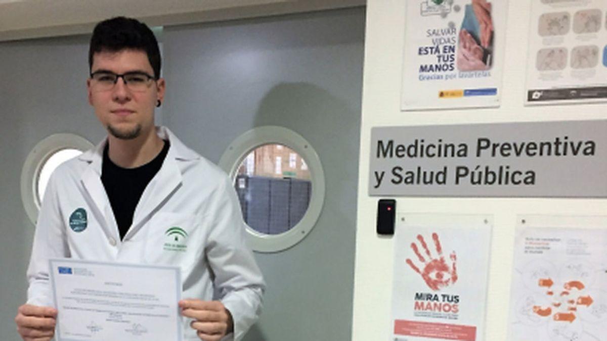 """Mario Rivero, un residente en plena pandemia: """"Es una mezcla de reto, susto e incertidumbre"""""""