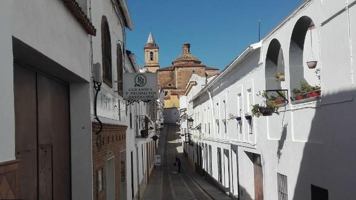 Dimite el concejal de Salud de un municipio de Huelva por participar en un botellón en Carnaval