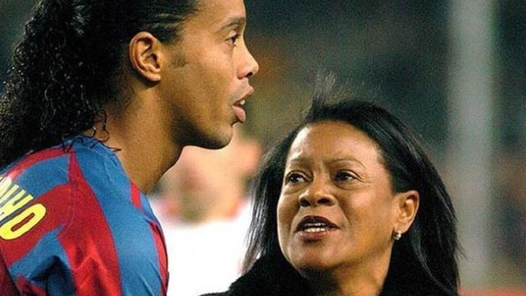 Fallece de covid19 la madre del exfutbolista brasileño Ronaldinho Gaúcho