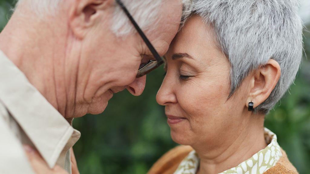 """Los consejos de los mayores a las nuevas generaciones sobre el amor: """"que sean felices y que se respeten"""""""