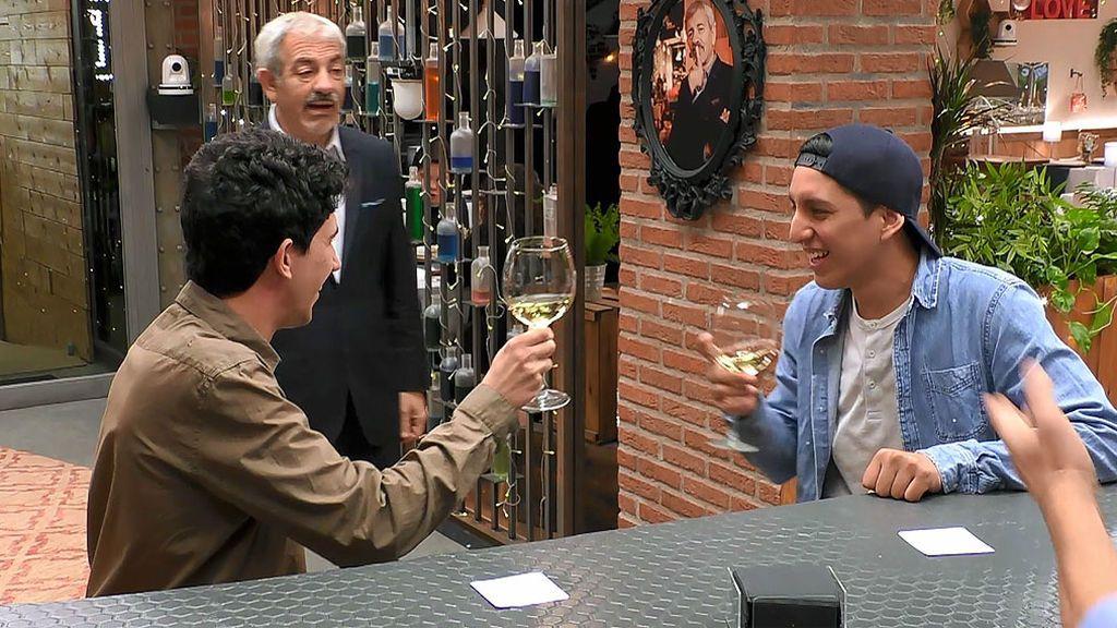 Imagen de Ángel y Jean Luis en el programa First Dates