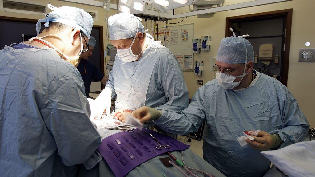 Muere una paciente en Estados Unidos a la que se le trasplantó dos pulmones infectados de SARS-CoV-2