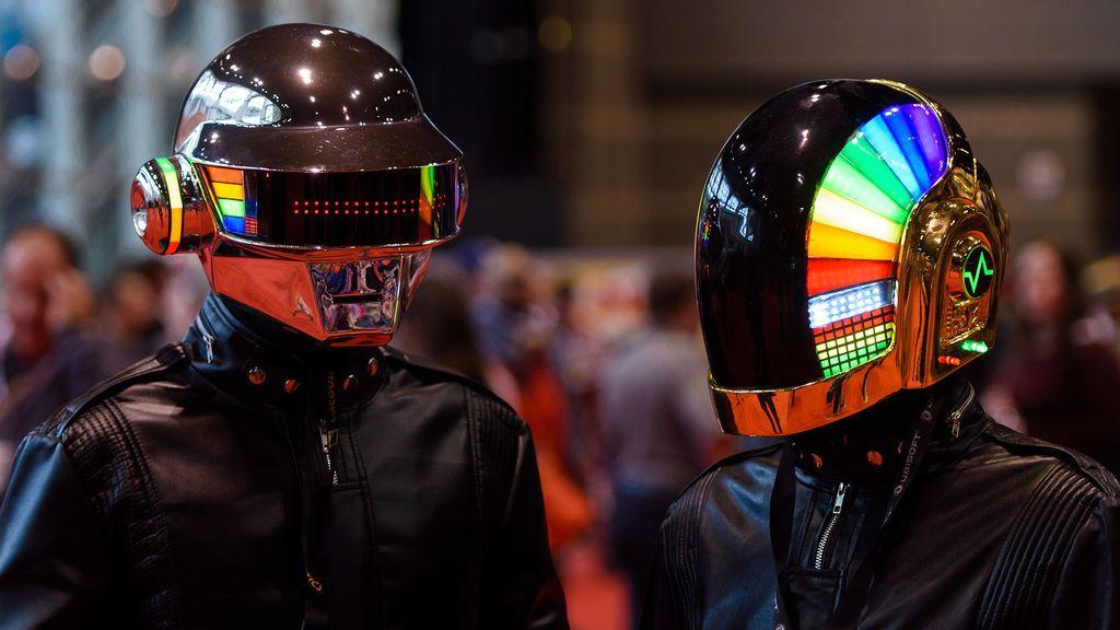 Un fan publica el proceso de diseño de los cascos de robot de Daft Punk