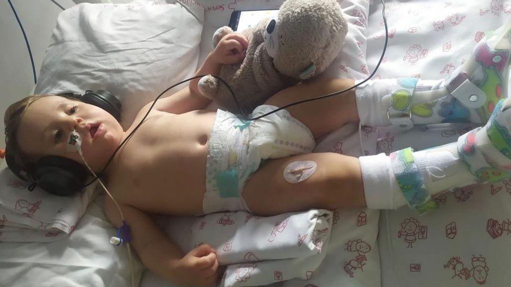 Un diagnóstico erróneo de Covid provoca severas lesiones cerebrales a un bebé de Cartagena