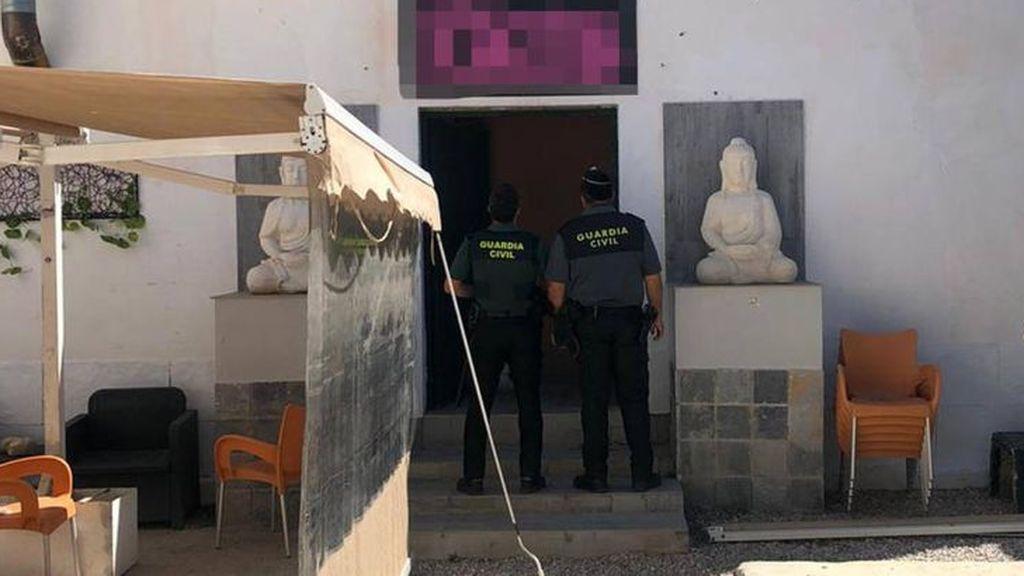 Investigan presuntos abusos sexuales a una joven en una fiesta ilegal en un chalet de Madrid