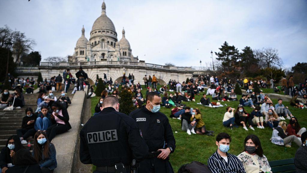 Francia confina la Costa Azul los fines de semana e impone la 'ley seca' en el centro de París