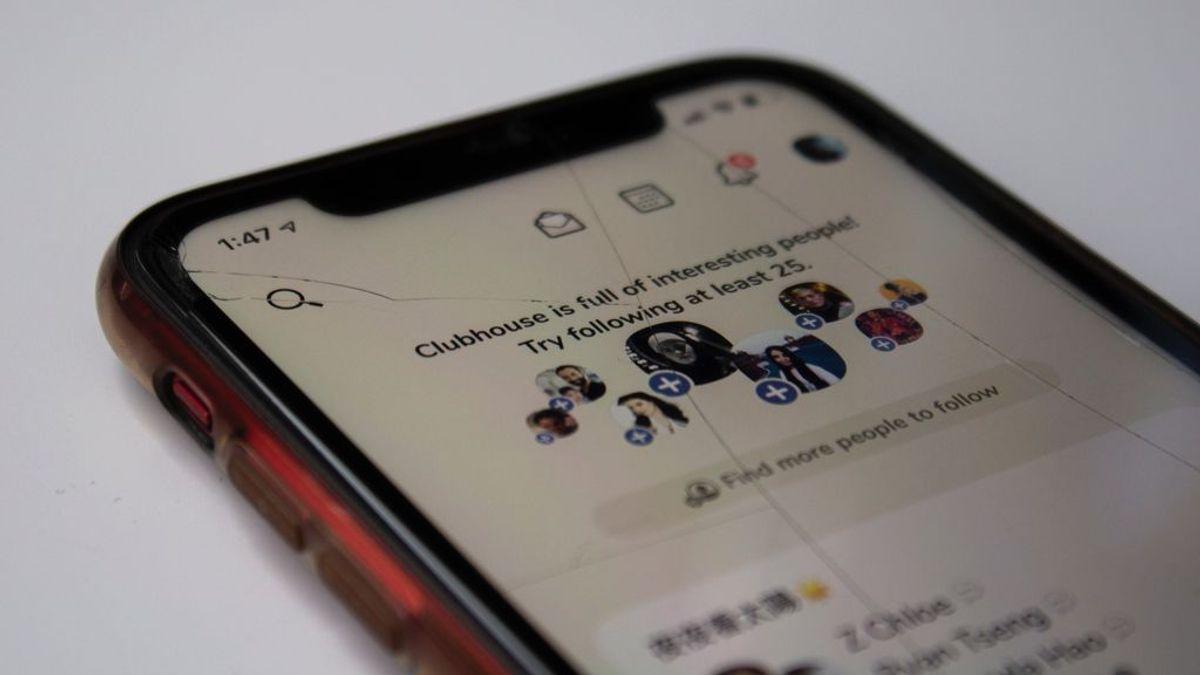 Clubhouse graba todas las conversaciones de sus usuarios por su seguridad