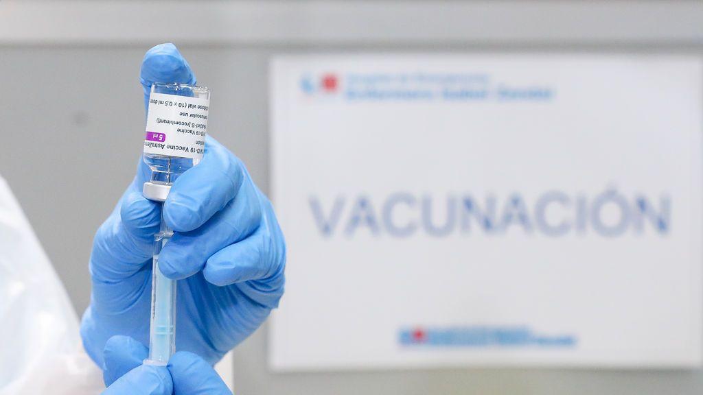 AstraZeneca dará a Europa menos de la mitad de vacunas contratadas