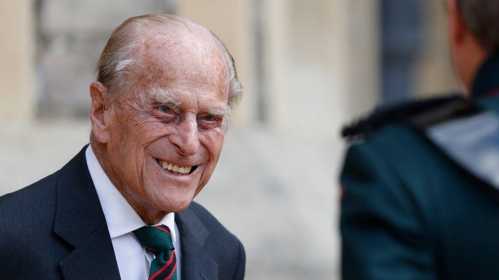 El príncipe Felipe de Edimburgo seguirá ingresado en un hospital por una infección no relacionada con covid