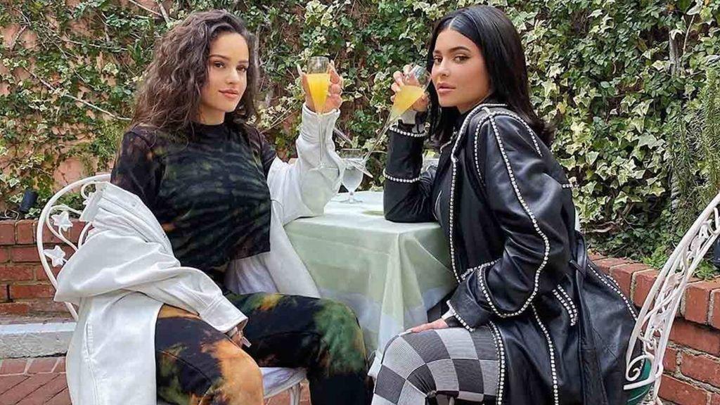 La prueba que confirma que Rosalía y Kylie Jenner siguen siendo amigas