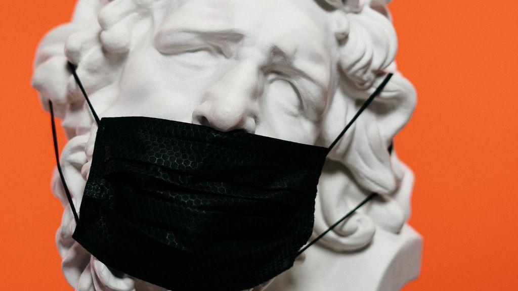 La pandemia ha dejado un nuevo objeto fetichista: las mascarillas con olor a vagina