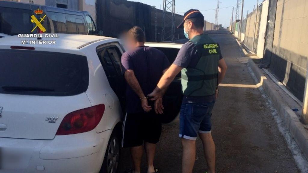 Un policía y un legionario, entre los detenidos por prostitución infantil en Almería