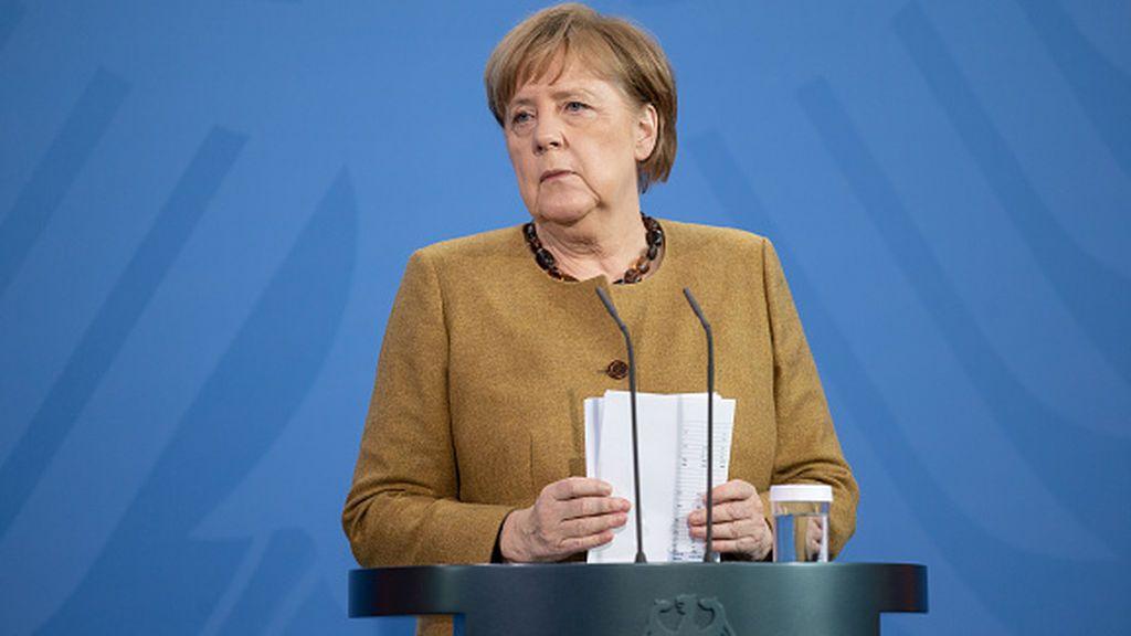 Alemania ante el uso de la vacuna de AstraZeneca: ¿Debería vacunarse Merkel y dar ejemplo?