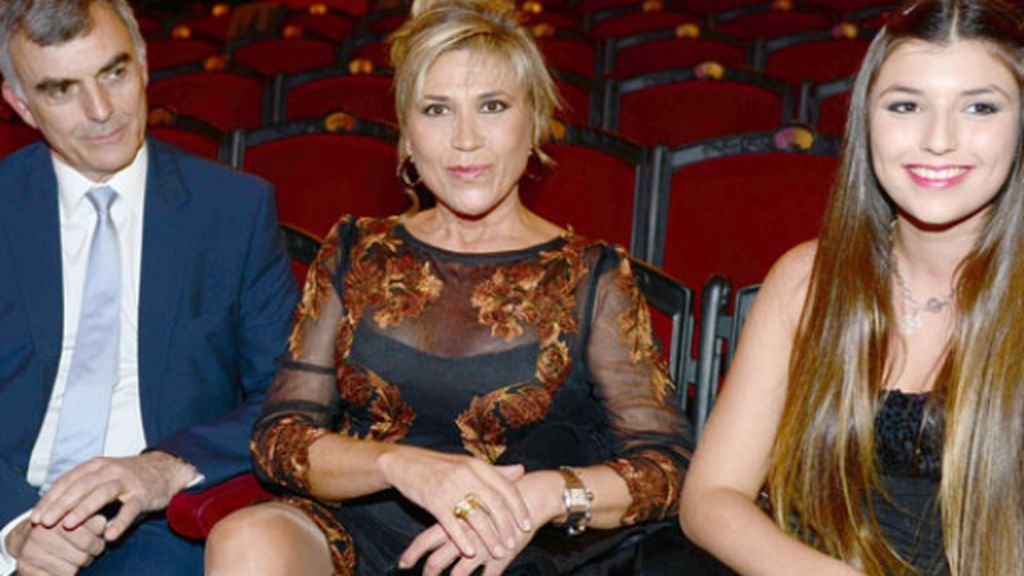 Julia Otero pasará su cáncer de colon con los mejores médicos en casa: su pareja Josep, y su hija Candela