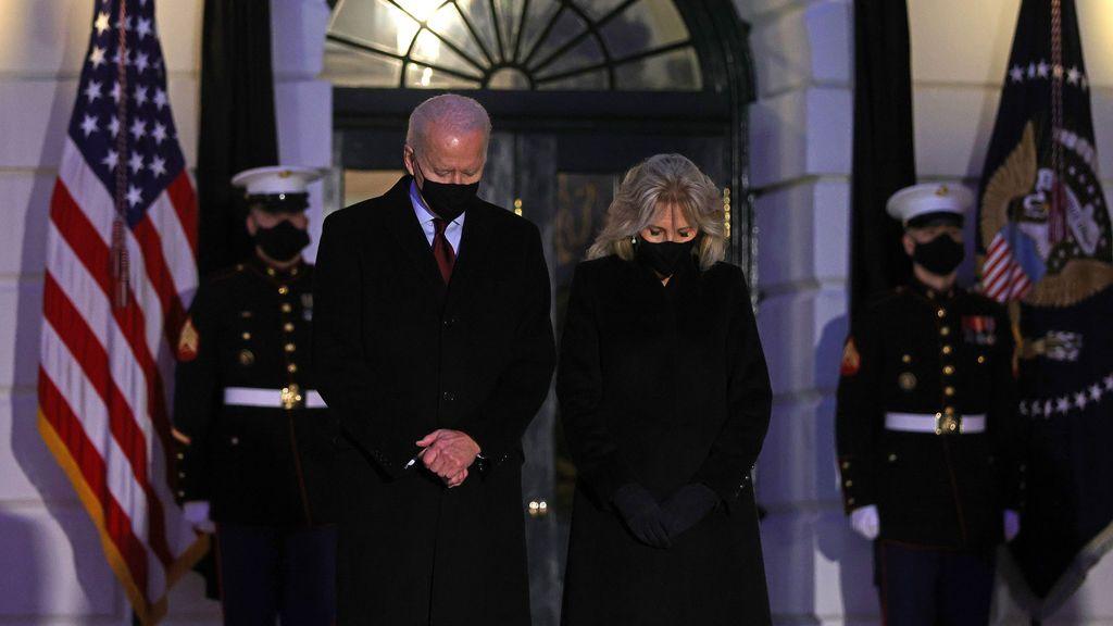 EE.UU. homenajea a los 500.000 muertos por la covid