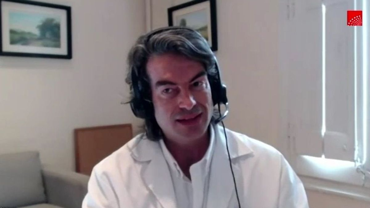 """Carlos Mur, el doctor que firmó los """"protocolos de la muerte"""" en las residencias de Madrid, niega que se aplicaran"""