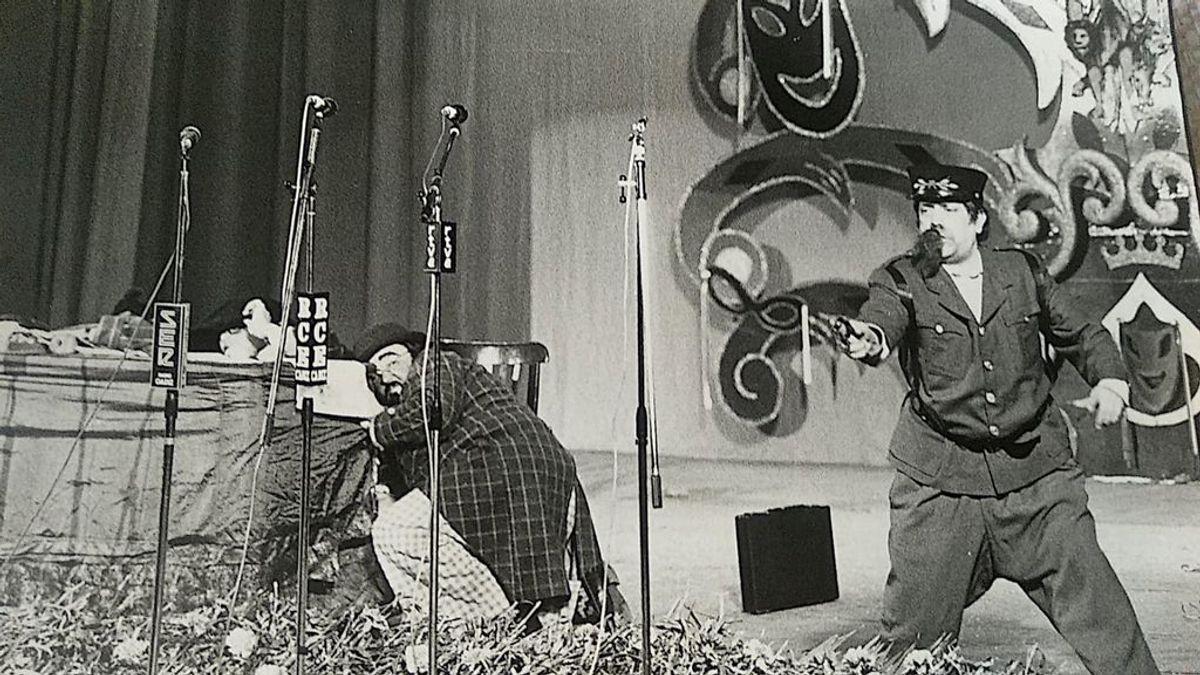26 de febrero de 1981: el hombre que parodió a Tejero sobre las tablas del Falla tres días después del golpe