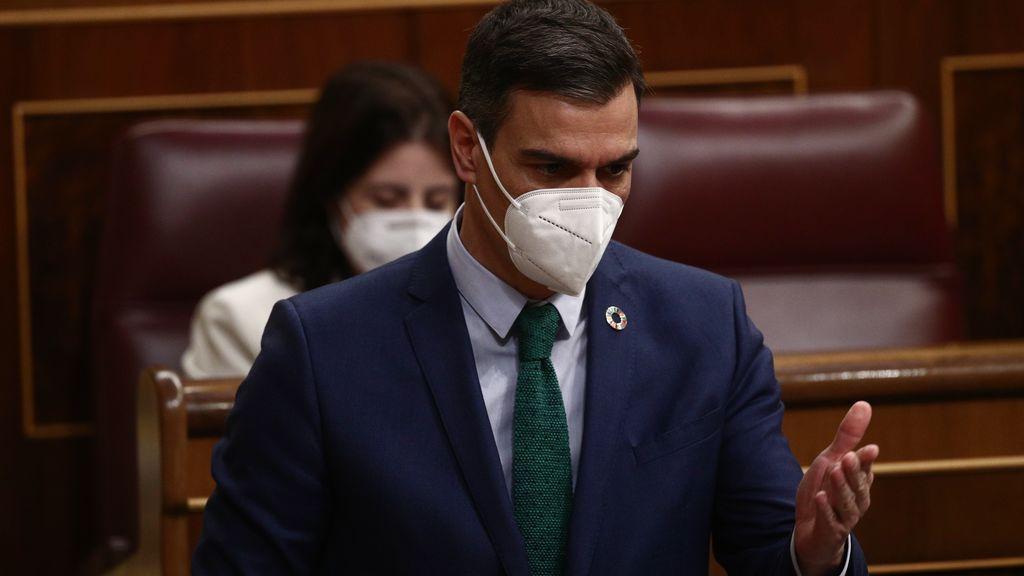 Sánchez y Casado se replantean su relación ante la amenaza de avance de Vox