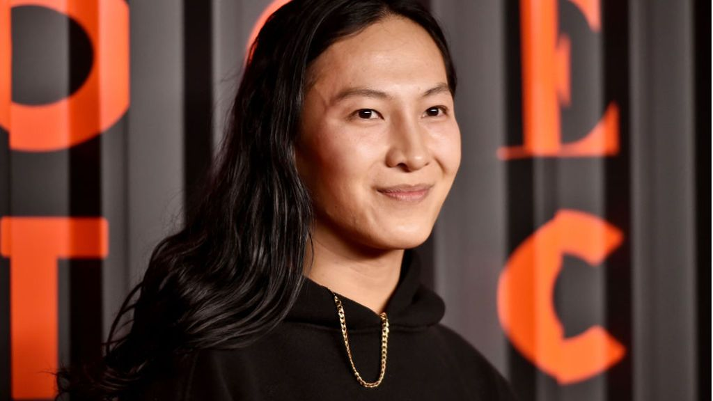 El diseñador de moda Alexander Wang vuelve a ser acusado por abuso sexual