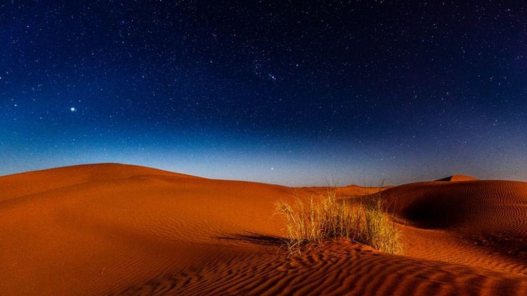 De 40 a cero grados en unas horas: ¿Por qué hace tanto frío en los desiertos por la noche?
