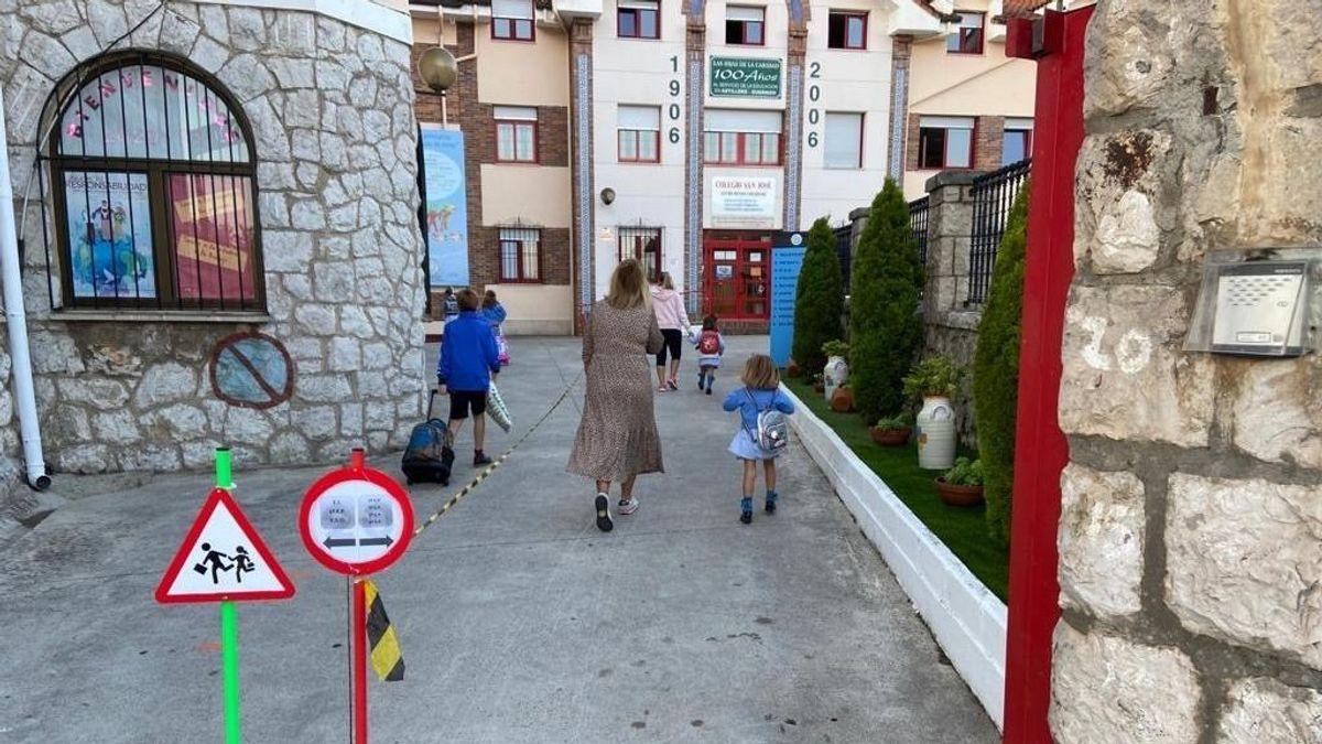 Una jueza ve indicios de delito contra los padres de dos niños asturianos que no van a clase por miedo a la covid