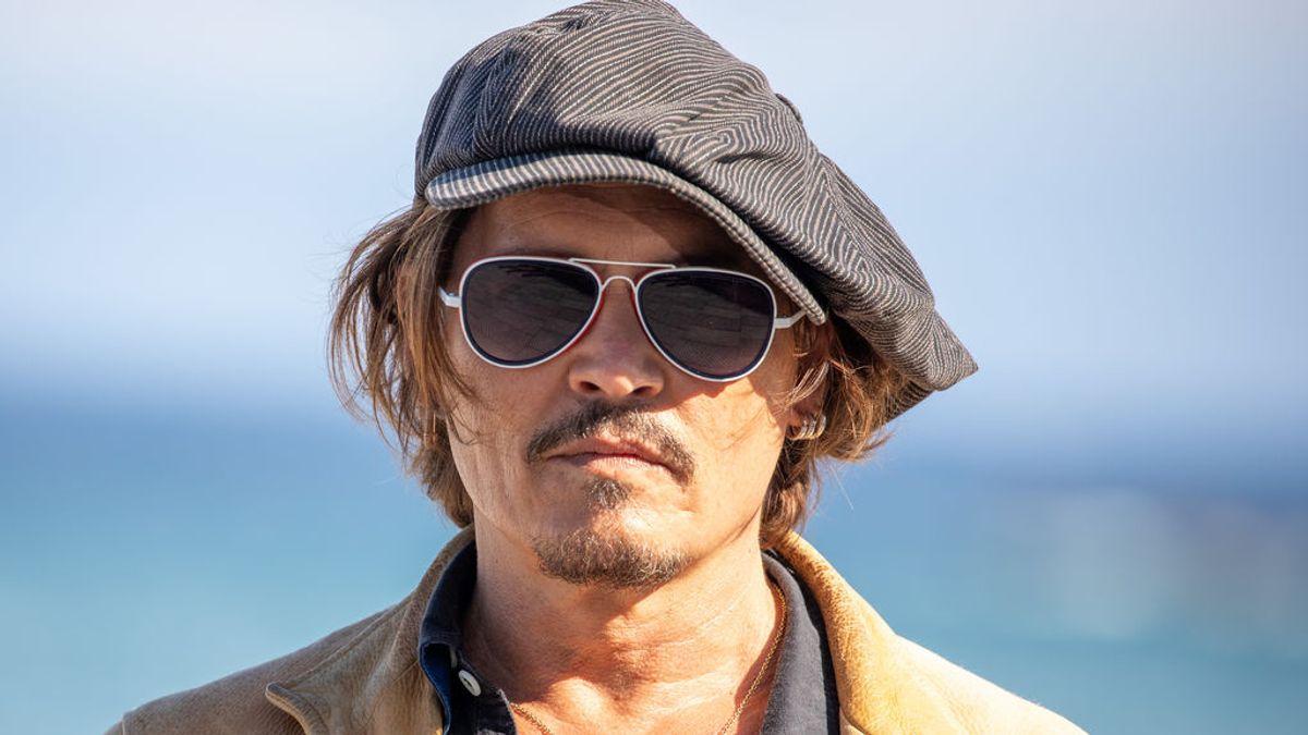 Johnny Depp vende su pueblo privado de la Provenza francesa por 45 millones de euros