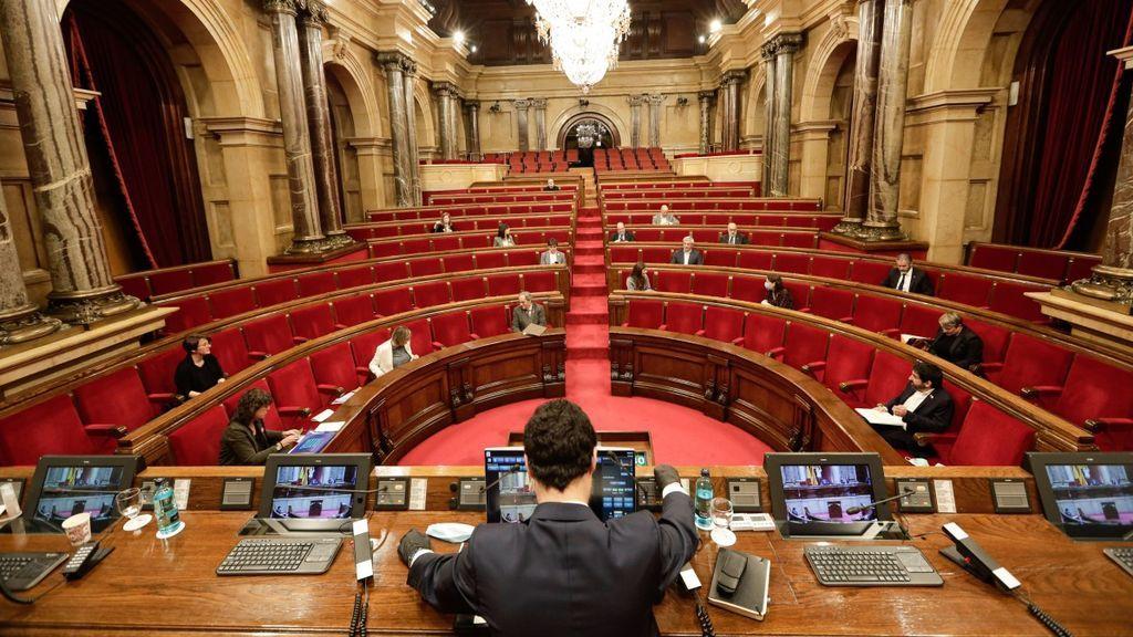 ERC negocia que la CUP presida el Parlament y el PSC quiere que lo haga Eva Granados