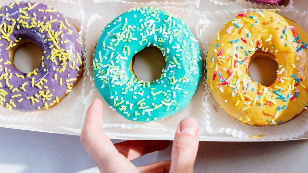 Descubre las recetas que causan furor en las redes del donuts de menos de 150 calorías.