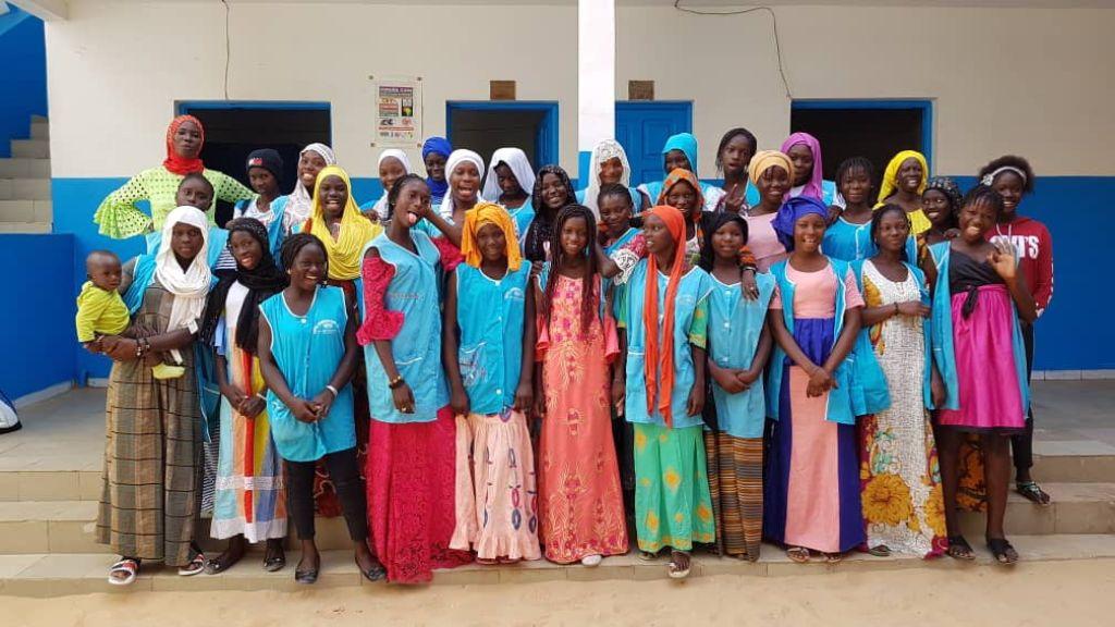 Alicia Tojeiro, mejor profesora de España, dona su premio a una escuela de Senegal
