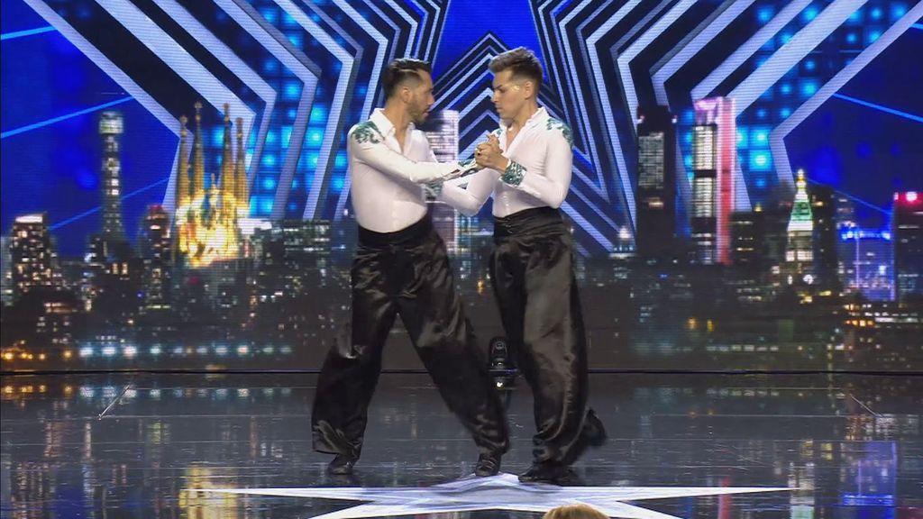 Augusto y Alexis reivindican el tango sin rol de género