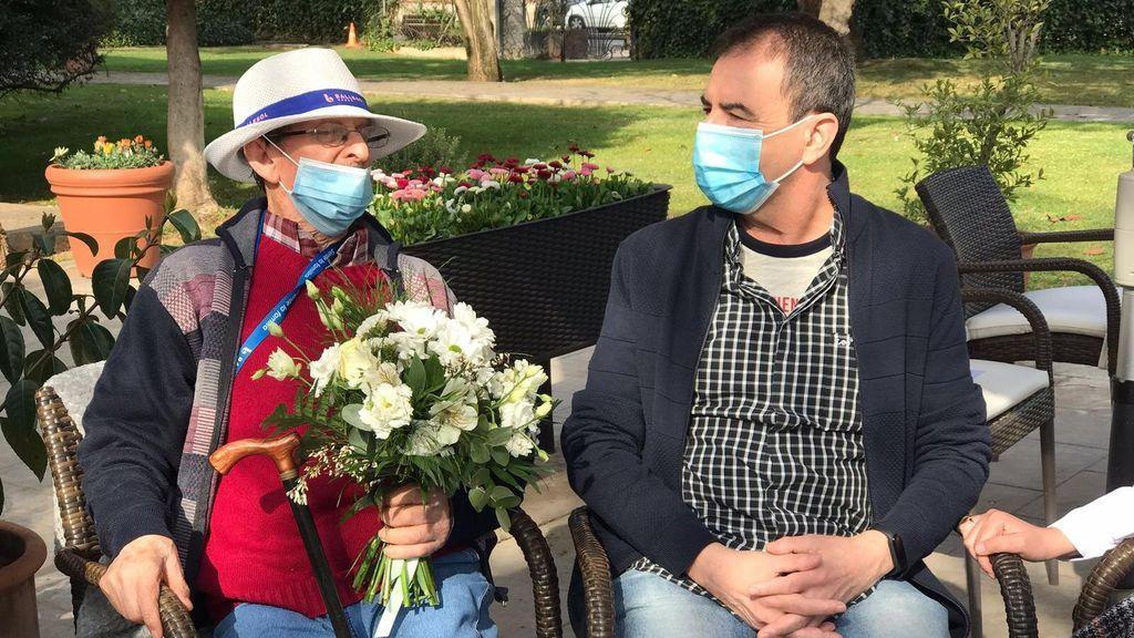 La sorpresa de Andrés a sus padres al reencontrarse con ellos en su residencia de Barcelona