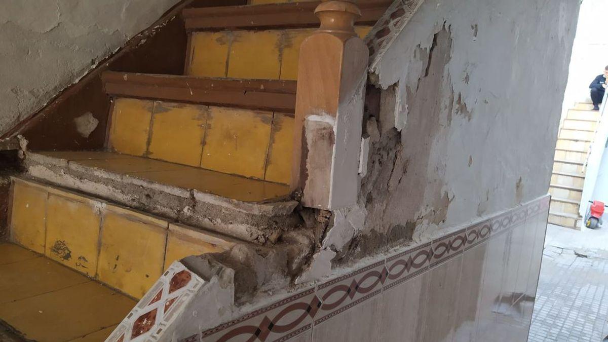 """Los destrozos que han dejado los okupas en Lucena: """"Han sembrado el miedo, ojalá no vuelvan más"""""""