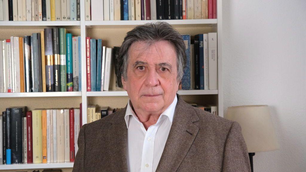 """Luis Landero, escritor: """"Consumir tanta información a toda velocidad es algo que idiotiza y desquicia"""""""