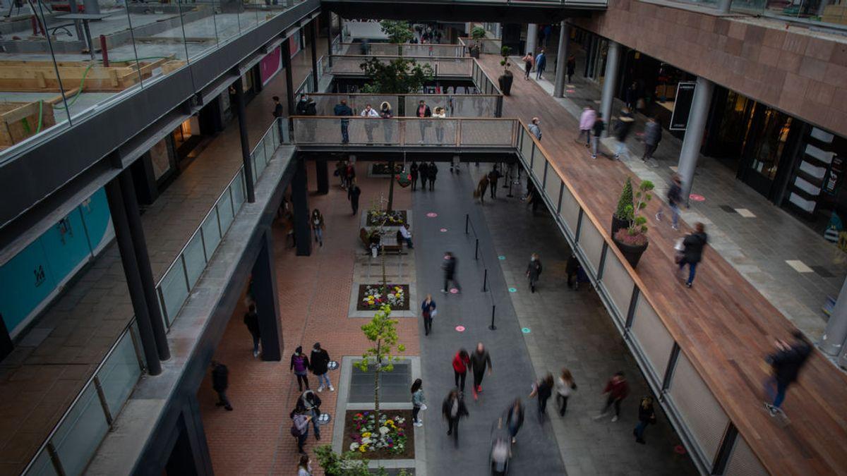 Los centros comerciales podrán abrir entre semana en Cataluña