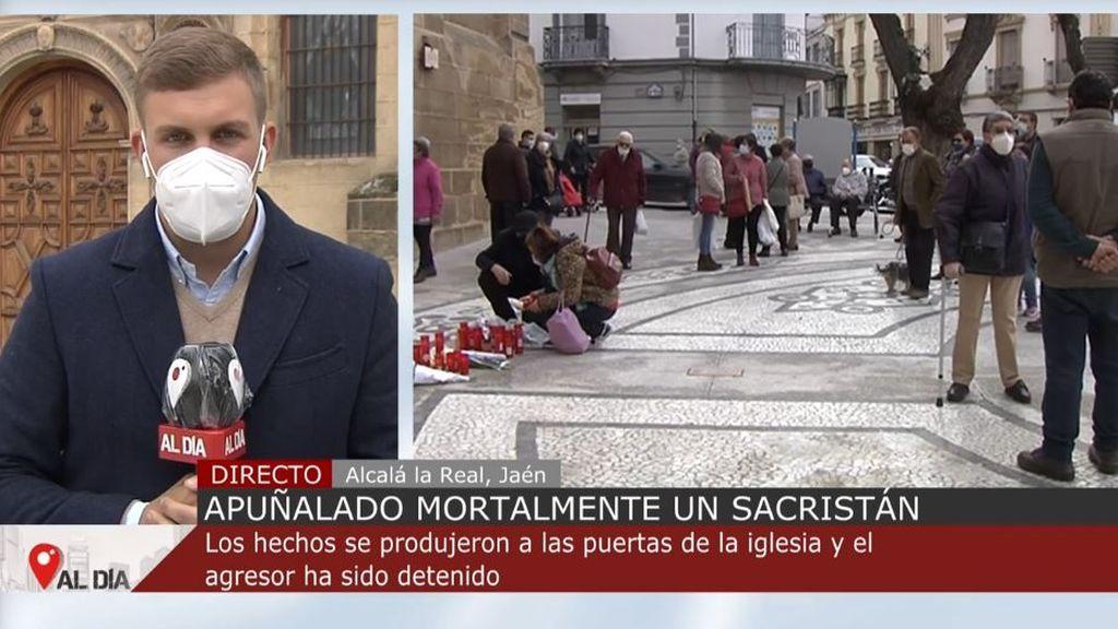 Asesinan a puñaladas a un sacristán en la puerta de una iglesia en Alcalá la Real, en Jaén