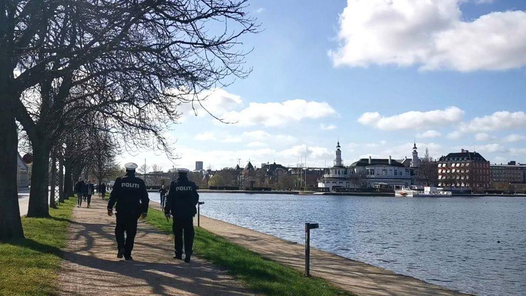 Patrulla de la Policía en Copenhague
